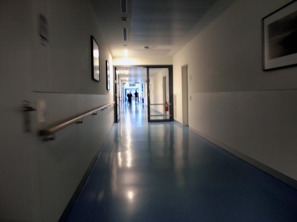 http://montrealcampus.ca/wp-content/uploads/2013/02/hôpitaux-e1360124570820.jpg