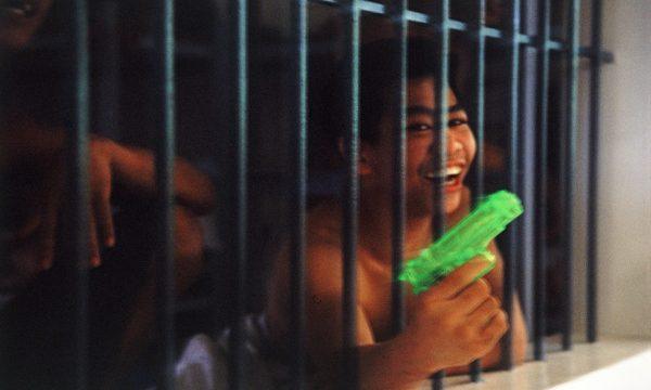 https://montrealcampus.ca/wp-content/uploads/2014/02/Prison-pour-mineurs-Manille-Phillipines1-2010-©-Paul-Antoine-Pichard-e1391560050752-600x360.jpg