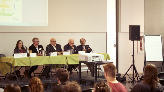 https://montrealcampus.ca/wp-content/uploads/2017/03/conférence-3-640x360.png