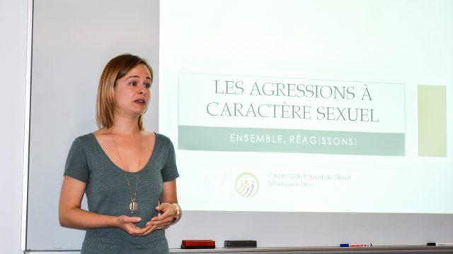 https://montrealcampus.ca/wp-content/uploads/2017/09/Caroline-Deslauriers-C.-Adeline-Divoux-640x360.jpg