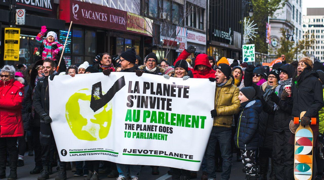 http://montrealcampus.ca/wp-content/uploads/2018/11/Manif-environnement-2674-1-1280x711.jpg